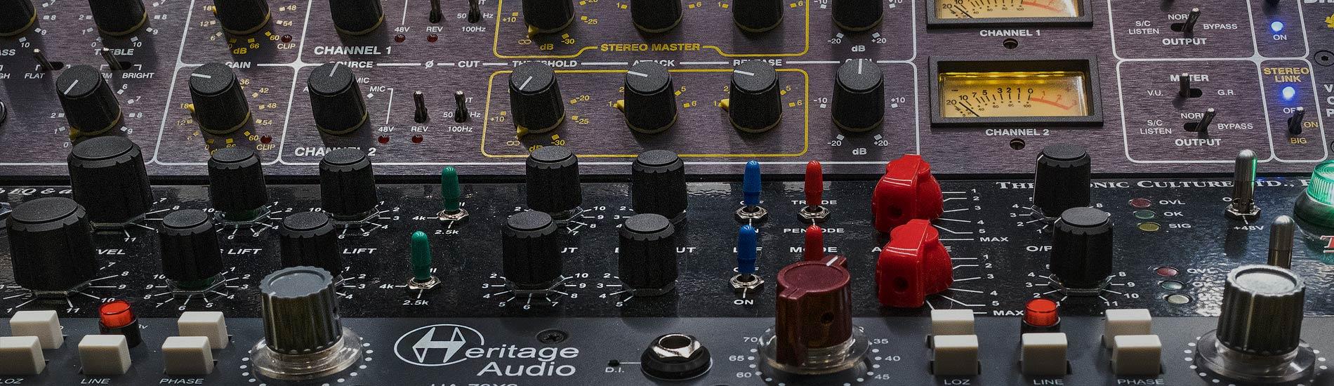 Metrica Recording Studio Ibiza, stereo binaural & 3D sound Mixing Mastering production estudio de grabación Ibiza sonido masterización producción musical