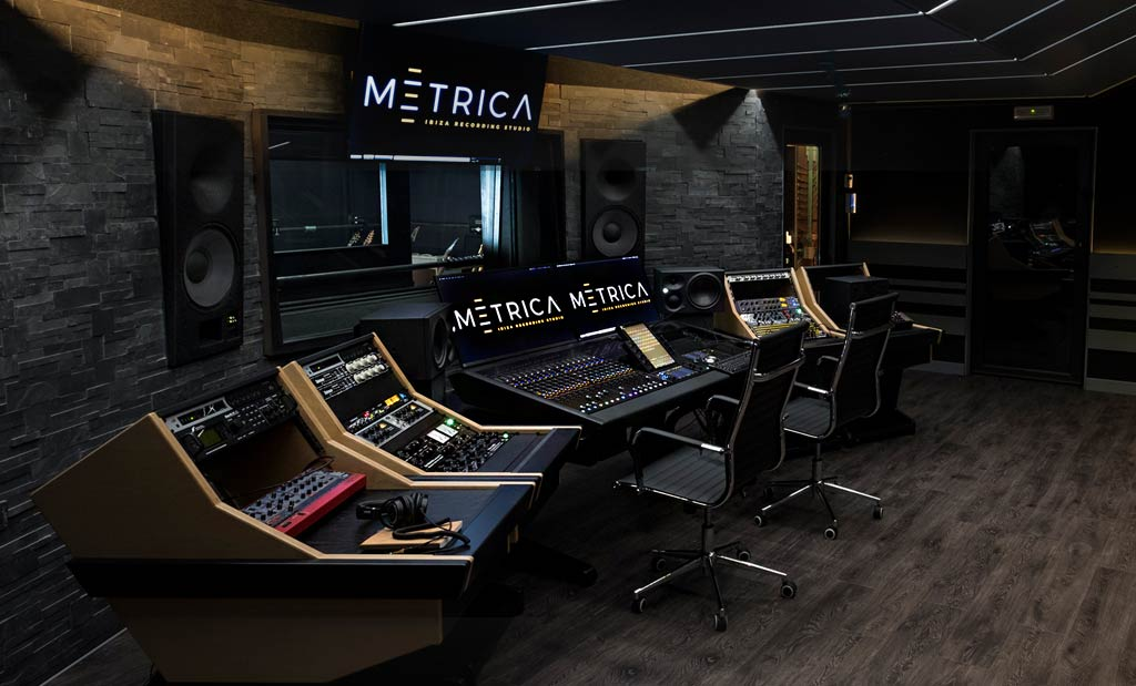 Metrica-Sound-Ibiza-Slider-Home-0